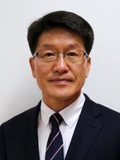 권오웅 국립산림품종관리센터장