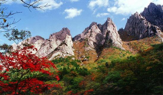 사계절이 아름다운 금강산.