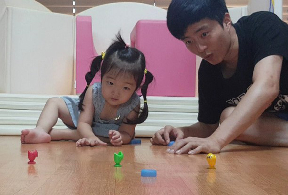 김태규 씨는 아이가 노는 것은 숙제도 미션도 아닌 그냥 '놀이'라며 회사일과 업무를 잠시 잊고 신나게 즐기라고 조언했다.