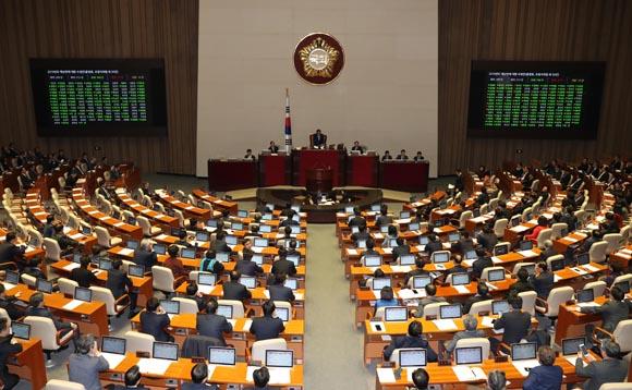 내년 예산 469조6000억원 확정…올해보다 9.5% 증가