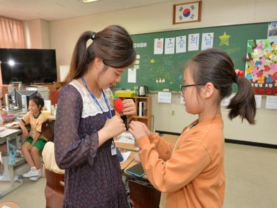 초등교사 두 딸에게 들어본 촌지 문화