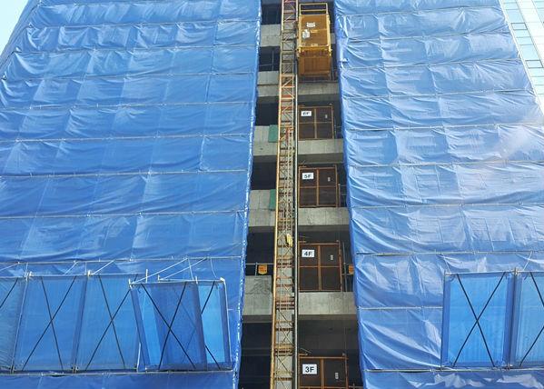 신축 공사장 주변 안전조치를 소홀히 한다면 대형 사고로 이어질 수 있다.