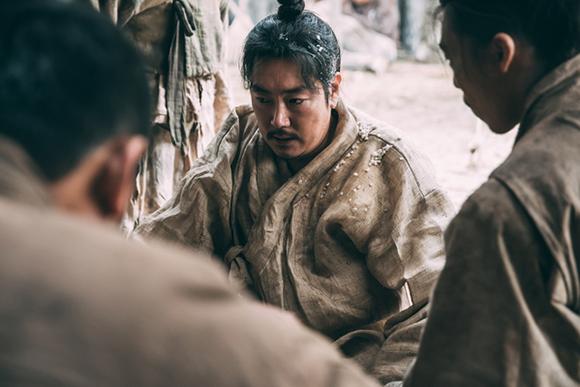 영화 <대장 김창수>. (사진=KMDb 한국영화데이터베이스)