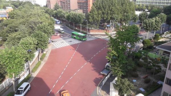 회전교차로 설치 전 갑천중학교 삼거리 모습(출처=대전시)