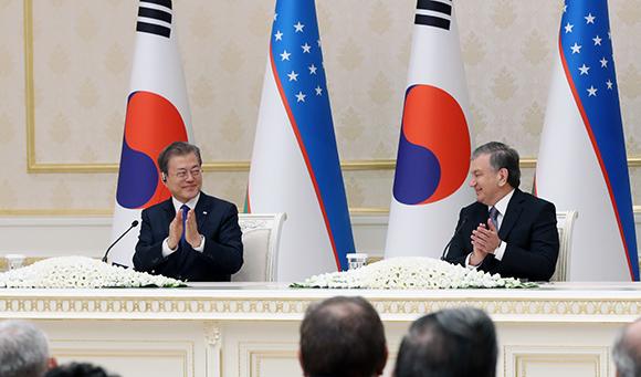 [전문] 문 대통령, 한·우즈베키스탄 공동언론발표