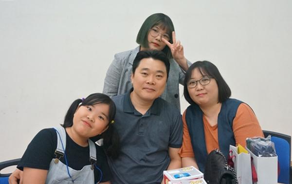 (주)다산네트웍스 이태산씨 가족은 직장문화 배달 덕분에 모처럼 즐거운 시간을 보냈다.
