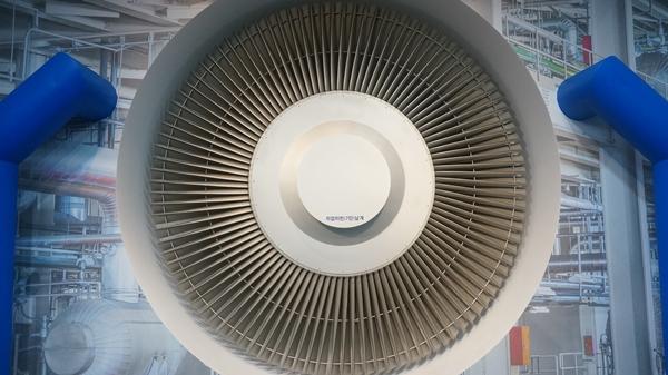 고리1호기 홍보관에 있는 터빈 모형이다. 실제 크기와 똑같다.