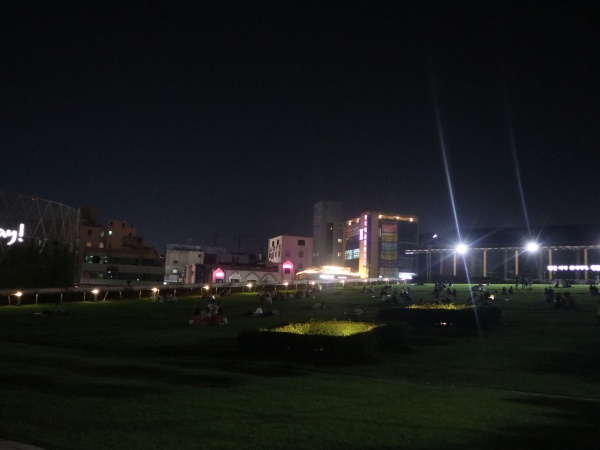 늦은시간까지 치맥을 즐길 수 있는 국립아시아문화전당 하늘마당