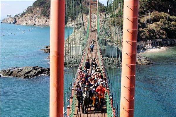 한려해상생태탐방원 '만지도로 떠나는 국립공원 명품여행'