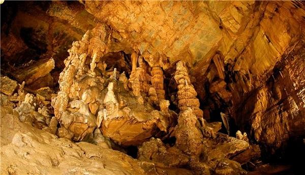 평창 어름치마을 백룡동굴