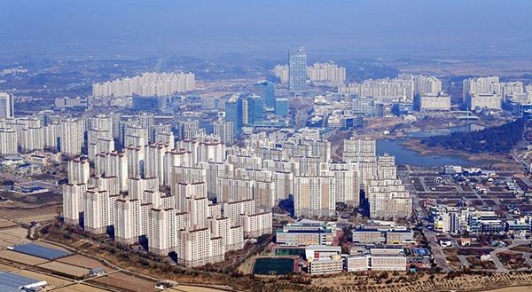 전남 나주시에서 헬기를 타고 내려다 본 광주전남 공동혁신도시의 모습.