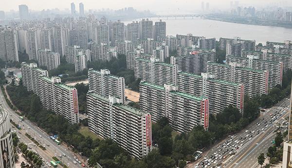 서울 한 투기과열지구의 공공주택.(사진=저작권자(c) 연합뉴스, 무단 전재-재배포 금지)