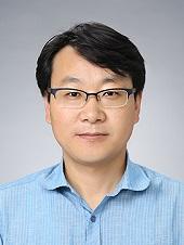 손종칠 한국외국어대학교 경제학부 부교수