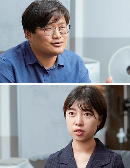안마이크론시스템의 안희태 대표(위)와 윤지원 사원.