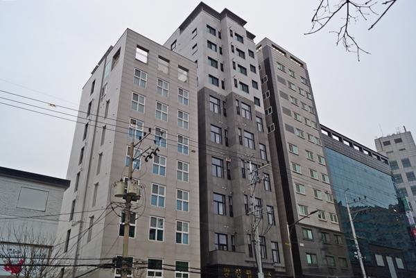 서울 광진구 구의동에 있는 기숙사형 청년주택 (7호)이다.