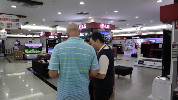 한국 가전제품이 말레이시아 내에서 큰 인기를 끌고 있다.