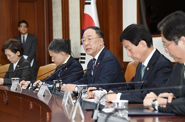 """홍 부총리 """"신종 코로나 방역대응 예산 208억원 신속 집행"""""""