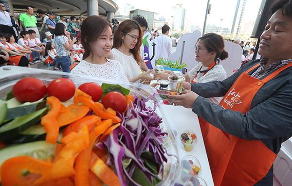 학생·직장인 식습관 개선 돕는 맞춤형 교육 실시
