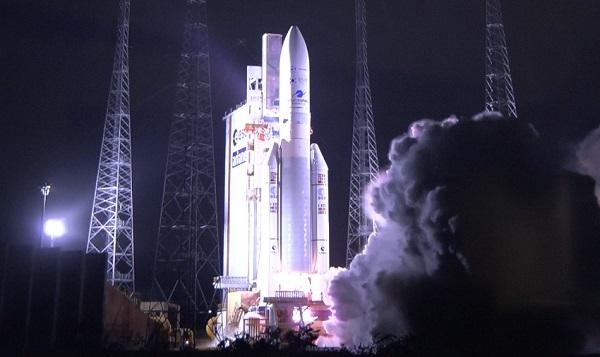 우리 기술로 만든 미세먼지 관측 위성 '천리안 2B호' 발사 성공