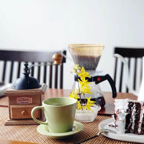카페를 안 가는 대신 집에서 홈카페를 즐긴다.