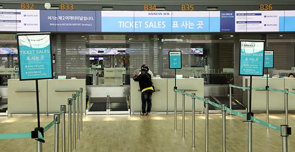 지난 7일 인천국제공항 출국장이 썰렁한 모습을 보이고 있다. (사진=저작권자(c) 연합뉴스, 무단 전재-재배포 금지)