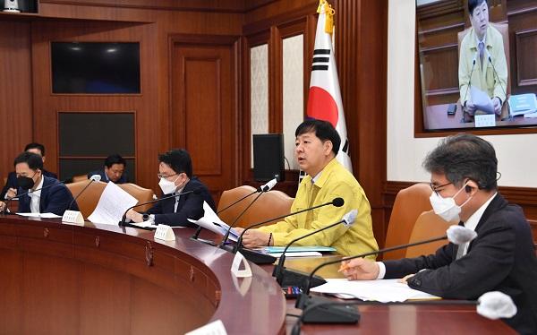구윤철 기획재정부 2차관이 1일 오전 정부서울청사에서 '6차 비상 재정관리점검회의'를 주재하고 있다. (사진=기획재정부)