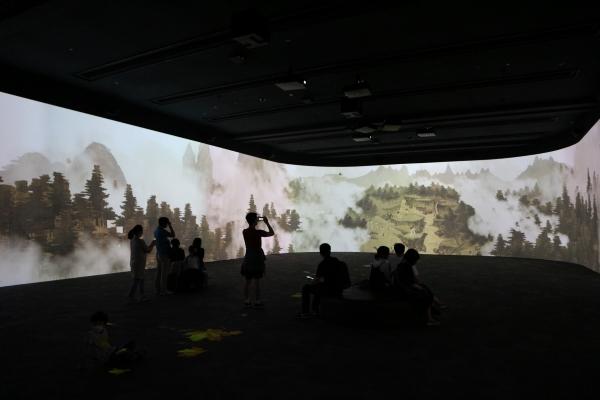 지난 5월 20일부터 일반에 공개되기 시작한 국립중앙박물관의 디지털실감영상관.