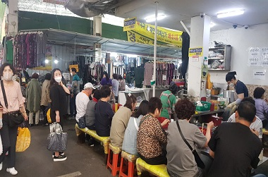 코로나19로 제조업 생산 ↓…서비스업·소비는 반등