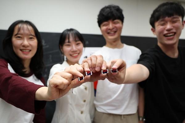 광운대 학생들은 이번 태극기 배지 캠페인을 통해 모든 세대가 미수습된 호국영웅 12만 2609명을 잊지 말고 끝까지 찾아주길 바랐다.