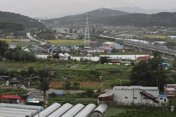 정부가 도로공사 토지 임대료 인하 등의 내용을 담은 중소기업 규제애로 개선방안을 발표했다. (저작권자(c) 연합뉴스, 무단 전재-재배포 금지)