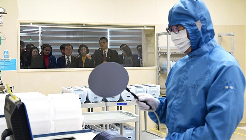 일본 수출규제 1년…잠자던 한국 소부장 산업을 깨우다
