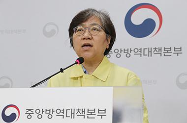 """방역당국 """"최근 국내 코로나19,  GH그룹 바이러스…예방법은 동일"""""""