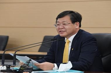 """기재부 차관 """"3개월내 3차 추경 주요사업비 75% 이상 집행"""""""