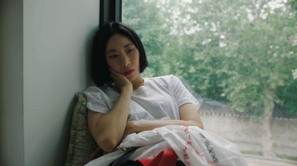 댄스 캠페인 촬영 중인 리아킴 모습.