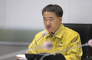 """박능후 복지장관 """"의료계 집단휴진, 국민 피해 없도록 대비"""""""