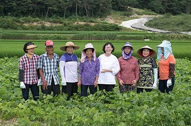 농가에 '소득'을 소비자에 '건강'을…이 기업이 걸어가는 길