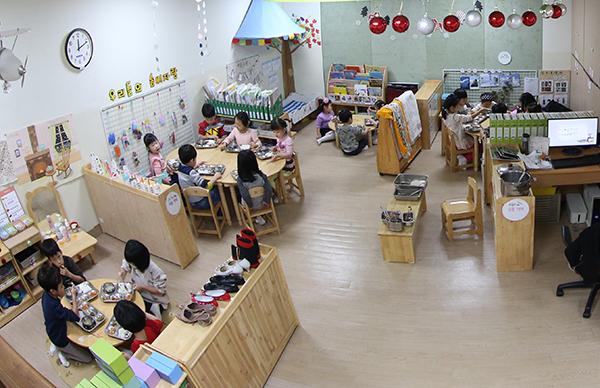 서울의 한 어린이집 놀이방. (사진=저작권자(c) 연합뉴스, 무단 전재-재배포 금지)