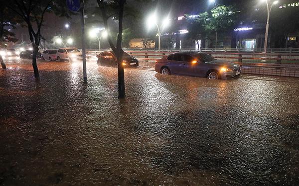 기후변화로 예측 어려워진 홍수, AI·위성 등 첨단기술 활용해 관리한다