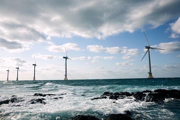 세계 5대 해상풍력 강국으로 도약하기 위해, 풍력 관련 예산지원도 강화된다. (사진=탐라해상풍력 발전단지)
