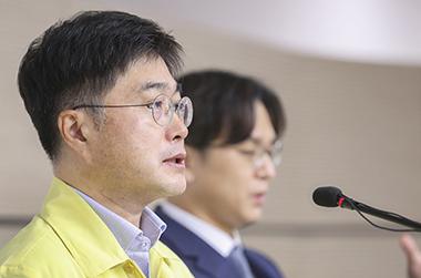 """정부 """"전공의단체 요구, 정부 권한 벗어나…정책철회 반복 이해 안돼"""""""