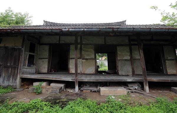 전남 화순군 동복면의 한 빈집이 황량한 모습을 보이고 있다. (저작권자(c) 연합뉴스, 무단 전재-재배포 금지)