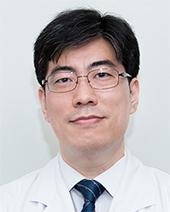 신상엽 한국의학연구소 학술위원장(감염내과 전문의)