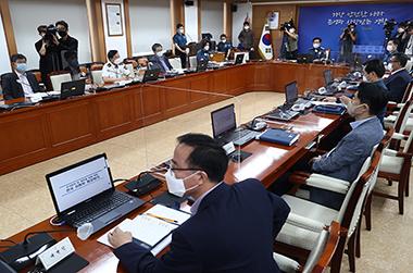 """개천절 집회 137건 금지 통보…""""강행하면 현행범 체포"""""""