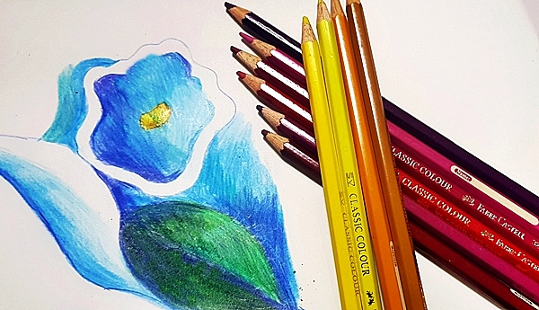 꿈처럼 선명한 색을 마음 껏 사용할 수 있는 게 미술이 주는 너그러움 아닐까.