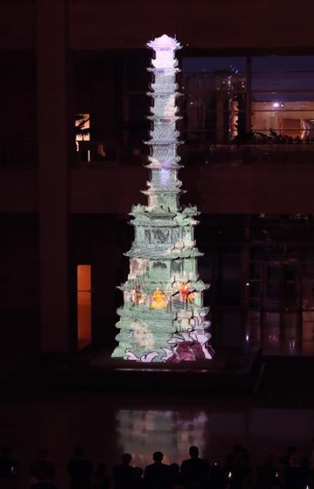 디지털실감영상의 백미라고 할 수 있는 경천사 십층석탑의 미디어 파사드(출처=문화체육관광부)