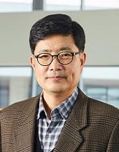 권율 대외경제정책연구원(KIEP) 국제개발협력센터 소장