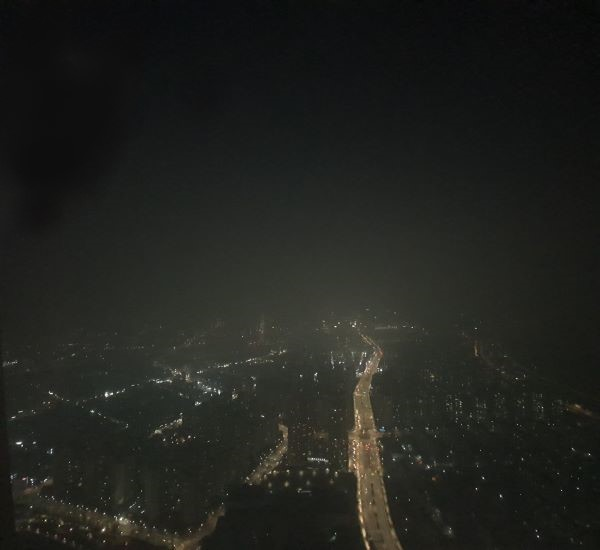 밤 21시 30분, 조금은 어색한 불꺼진 서울의 모습을 볼 수 있었다.