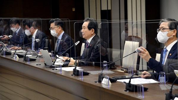 정세균 국무총리는 14일 정부세종청사에서 제121회 국정현안점검조정회의를 주재하고 있다.