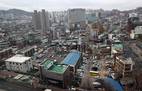 내려다 본 서울 동작구 흑석동 흑석2구역 모습.