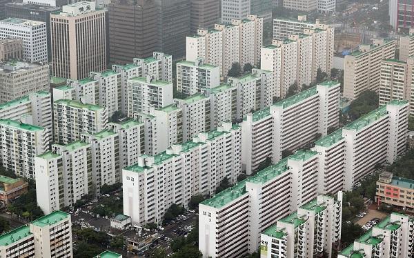 서울 63아트에서 바라본 여의도 일대 구축 아파트 모습.(사진=저작권자(c) 연합뉴스, 무단 전재-재배포 금지)